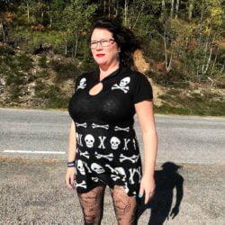 the after life scull dress minikjole med skalle motiv DR5189 Laila Ramona Hobbesland