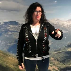 skull rose corset hettejakke med snøringer og lang hette HBN011BLK Laila Ramona Hobbesland