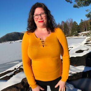 criss cross genser med albuepatch og snøring 17-097 gul