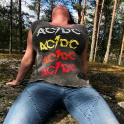 ac dc powerage repeat grå figursydd dametopp ACDCTS27LAW
